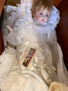 Mercatino Belfiore Mantova Bambola