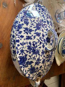 Porcellane zuppiere antiche